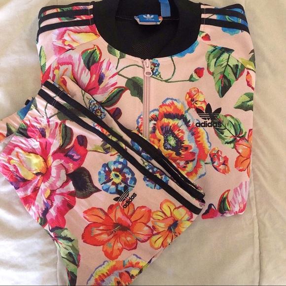 Adidas women floral tracksuit set size M